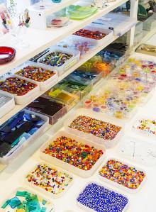 陶芸体験 ガラス体験 フラワーアレンジメント体験 -東京新宿の陶芸教室 プロップスアートスクールで陶芸体験-の画像
