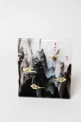 ブルズアイ・ガラスで水墨画風の時計