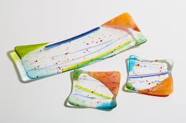 ブルズアイ・マーディグラ・ガラスの長皿と小皿