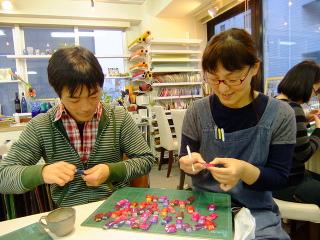 おてつだい -東京新宿の陶芸教室 プロップスアートスクールで陶芸体験-の画像