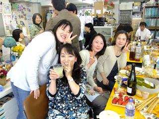 お花見??? -東京新宿の陶芸教室 プロップスアートスクールで陶芸体験-の画像