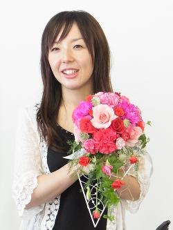 5月フラワーレッスン:ウェディングブーケ -東京新宿の陶芸教室 プロップスアートスクールで陶芸体験-の画像