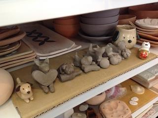 犬コンテスト開催中 (っ´∀`)っ)) -東京新宿の陶芸教室 プロップスアートスクールで陶芸体験-の画像
