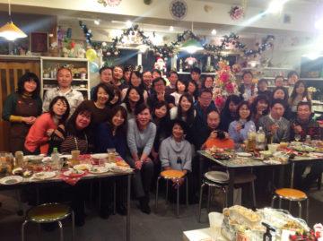 35thクリスマス・マイカップパーティー開催しました!報告写真掲載! -東京新宿の陶芸教室 プロップスアートスクールで陶芸体験-の画像